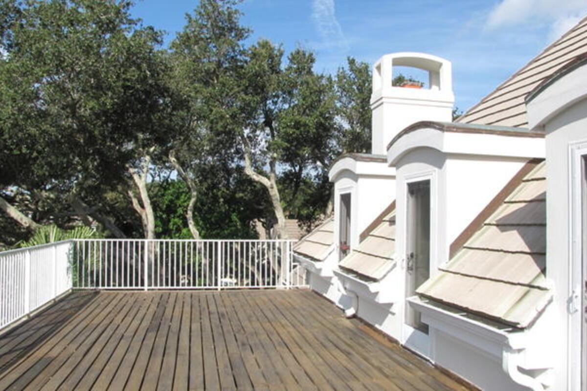 Up Balcony1
