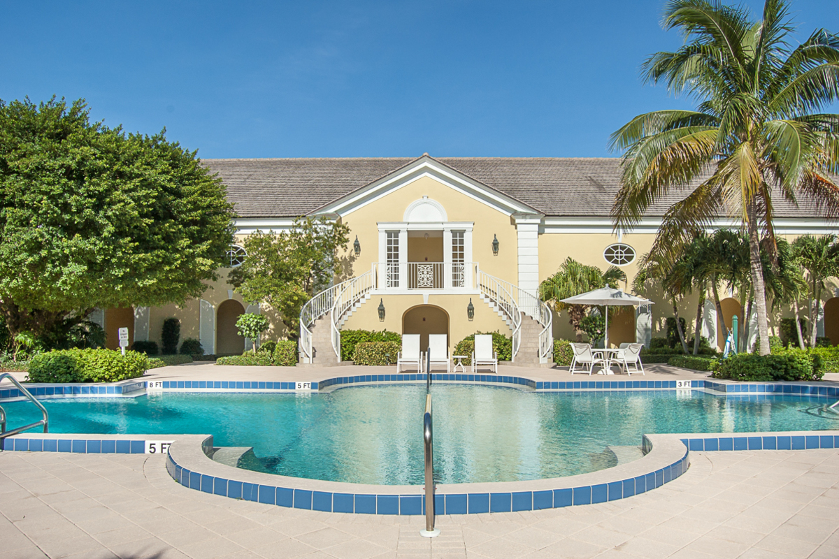 Island House Ext 1