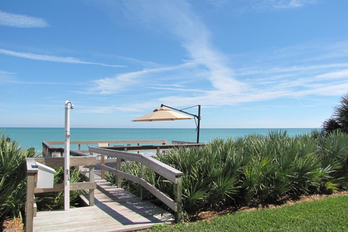 400 Beach Island House Deck