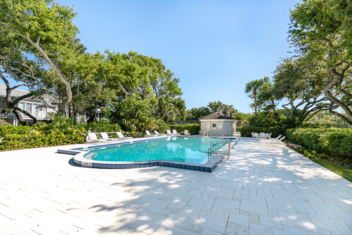 777 Sea Oak Pool1